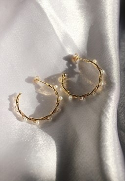 Twisted Hoops with pearls