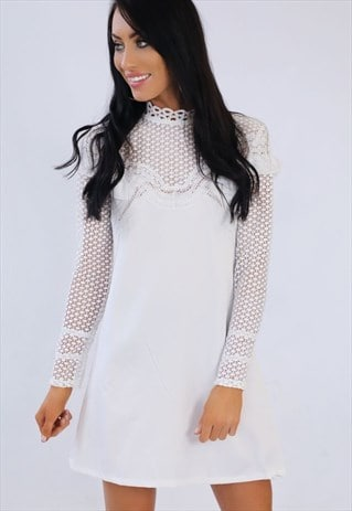 WHITE LACE FRILL SUMMER DRESS