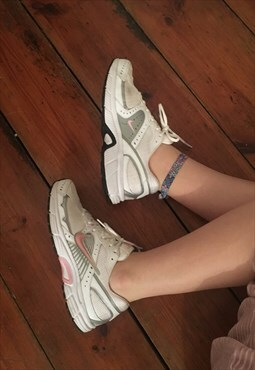 Vintage Nike Baby Pink & White Dart Running Trainers 6.5
