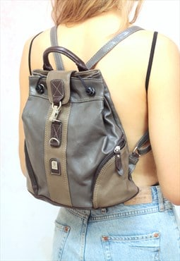 1990s vintage grey and beige real leather backpack