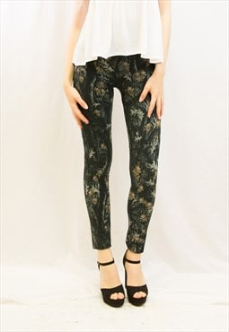 Exceptional multi leaves print cotton blend fleece leggings