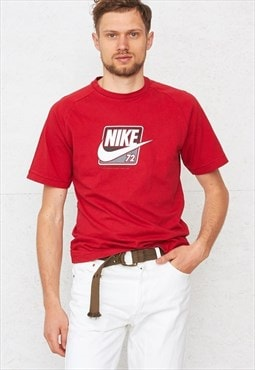 90s Vintage Red NIKE Crew Neck Logo T-Shirt