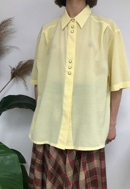 Cool Vintage Yellow Short Sleeved Shirt