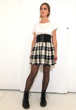 Vintage Mini Skirt Pleated Checkered in Wool
