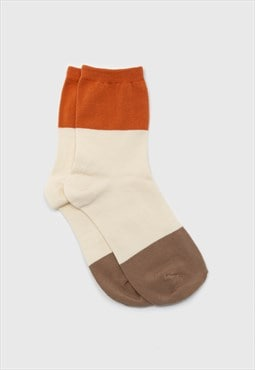 Ivory and orange triple colorblock socks