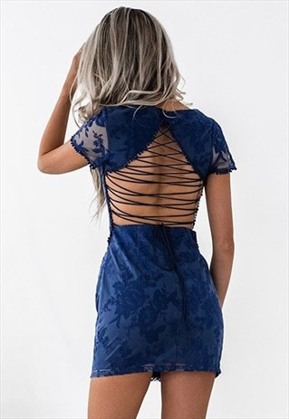 GORGEOUS DETAILED LACE DRESS IN NAVY