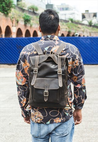 COCO HUNTER LEATHER MESSENGER BACKPACK