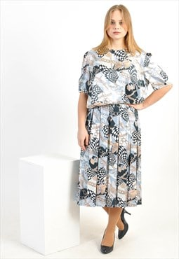 Vintage co-ordinates in abstract print