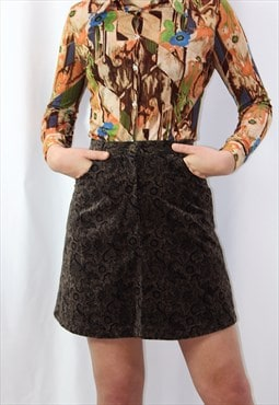 V Tage mini skirt in paisley brown fabric