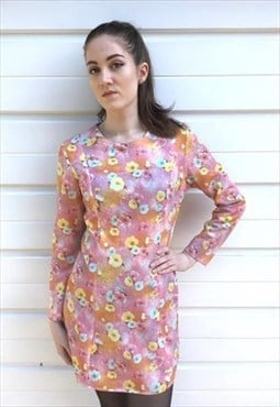 Womens Vintage 60s dress long sleeved pink floral dress