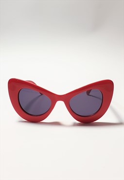 Red Oversize Exaggerated Cat Eye Sunglasses