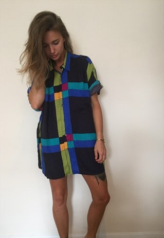 CRAZY PATTERNED OVERSIZED RETRO VINTAGE FESTIVAL SHIRT.