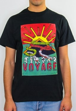 Voyage graphic print 90s rave, festival t-shirt in black