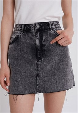 Raw edged denim skirt - acid wash black