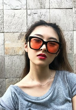 Square Slight Transparent Sunglasses in red