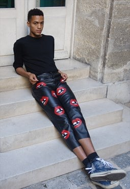 Toothless mouth leather pants