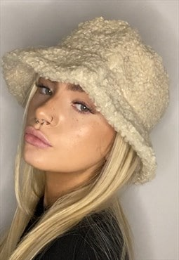 Cream Teddybear Fur Bucket Hat