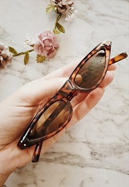 90s Tortoise Shell Slim Sunglasses