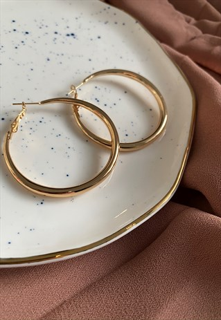 GOLD CHUNKY LARGE HOOPS