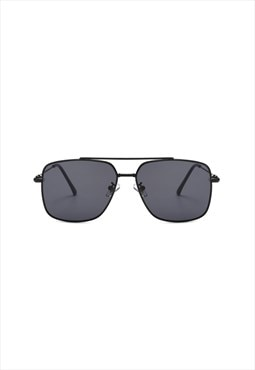 Charlie Square Sunglasses Black
