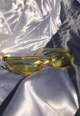 Mini Yellow Retro Narrow Y2K Cateye Sunglasses