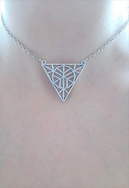 silver triangle choker - chain choker necklace
